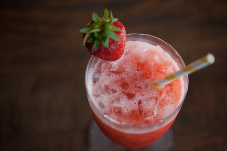 Strawberry Shortcake and Red Head in Bed Drink Recipe (4)