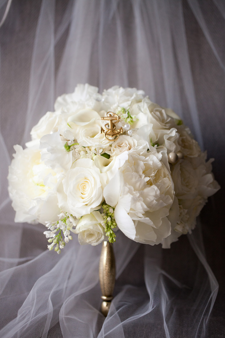 How To Make Your Wedding Bouquet Unique 8