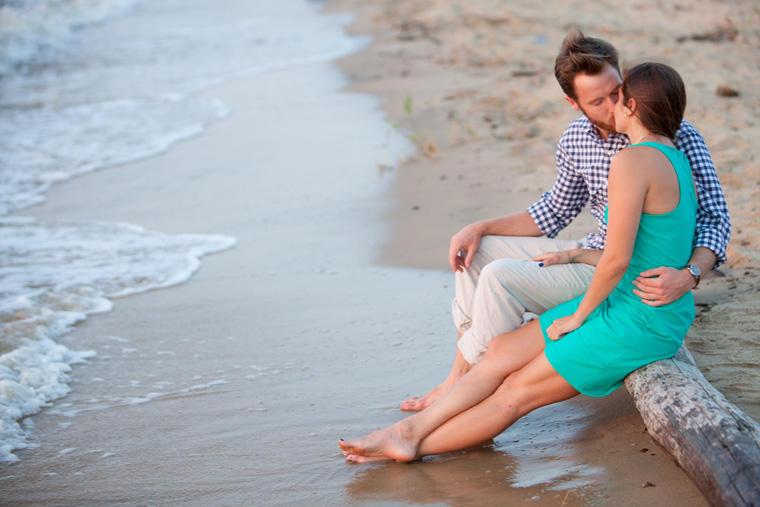 Chesapeake Bay Engagement Session Photos by Liz and Ryan0019