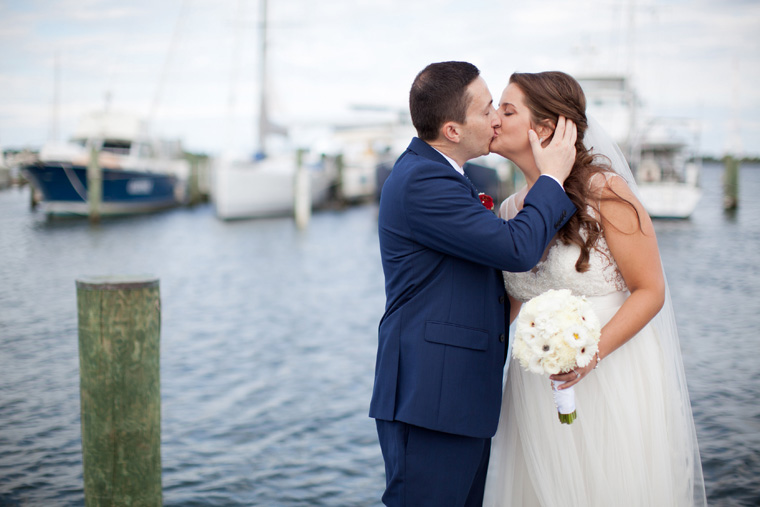 Annapolis Maritime Museum Wedding Photos by Liz and Ryan Annapolis Maryland Eastport Maryland Wedding and Engagement Photography Waterfront Nautical Photos by Liz and Ryan (22)
