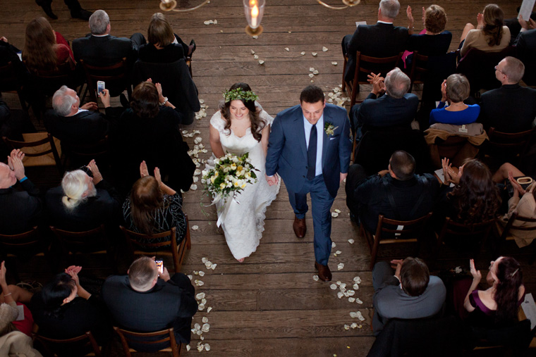 St Johns College McDowell Hall Randall Hall Annapolis Maryland Winter Wedding Snow Wedding and Engagement Photography Classic Romantic Photos by Liz and Ryan (26)