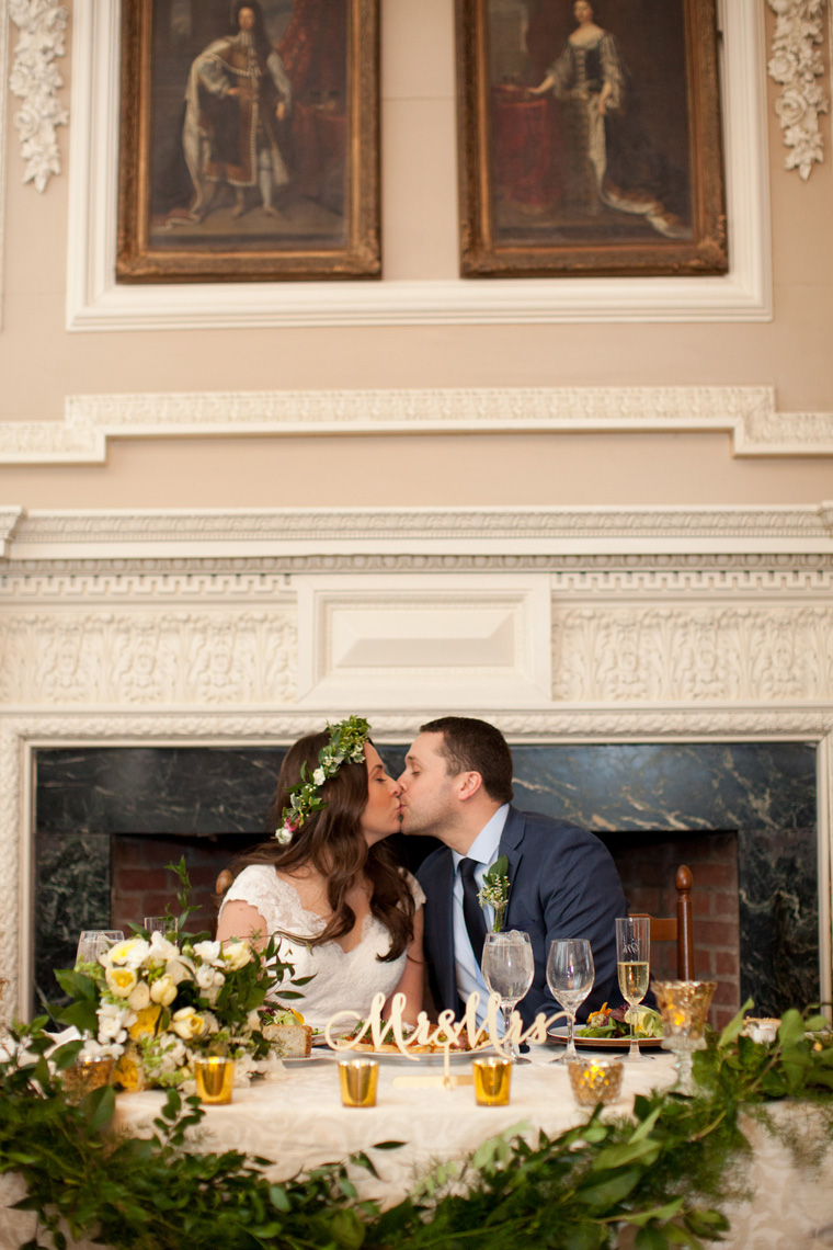 St Johns College McDowell Hall Randall Hall Annapolis Maryland Winter Wedding Snow Wedding and Engagement Photography Classic Romantic Photos by Liz and Ryan (9)