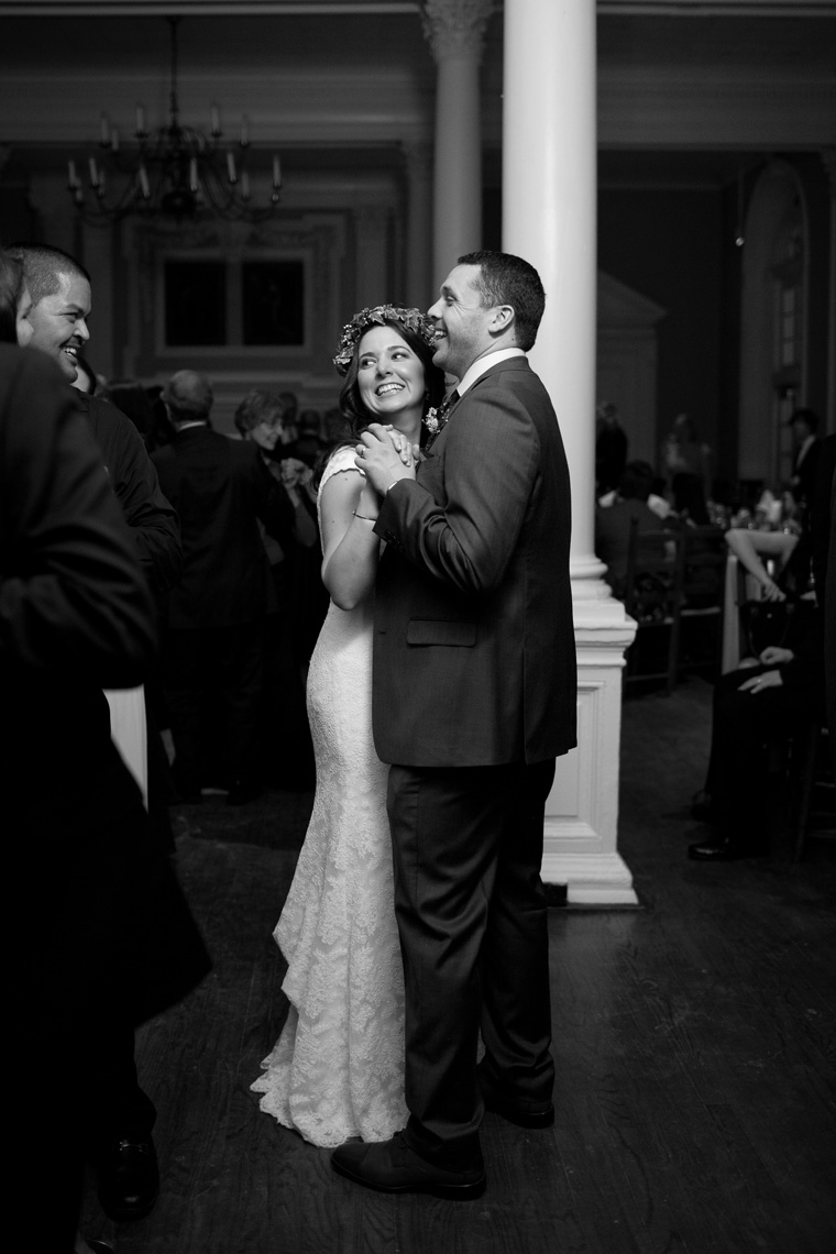 St Johns College McDowell Hall Randall Hall Annapolis Maryland Winter Wedding Snow Wedding and Engagement Photography Classic Romantic Photos by Liz and Ryan (2)