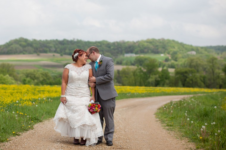 Galena Illinois Wedding Photography by Liz and Ryan (31)