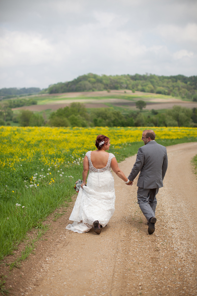 Galena Illinois Wedding Photography by Liz and Ryan (29)