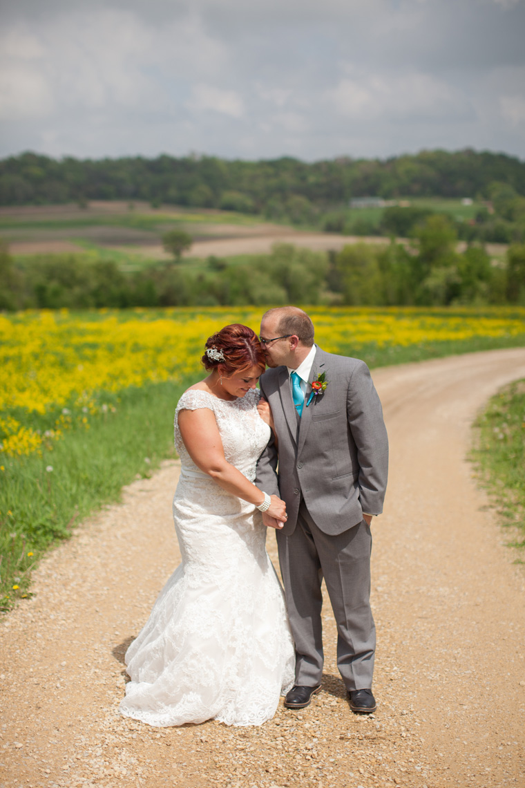 Galena Illinois Wedding Photography by Liz and Ryan (25)