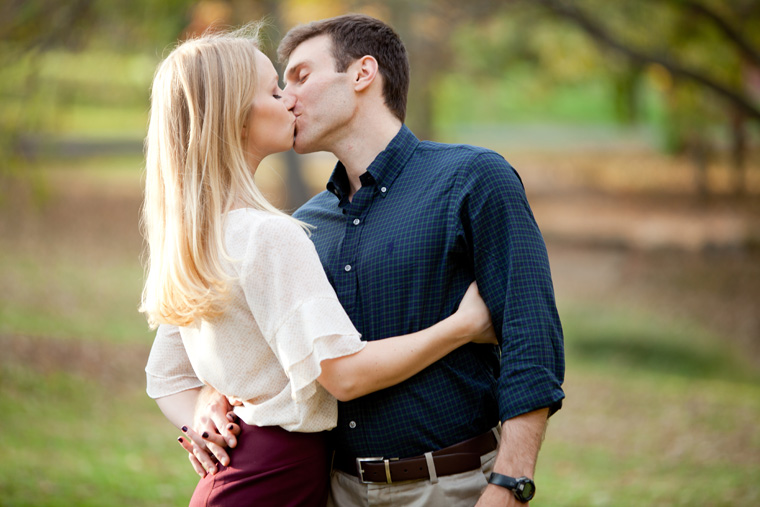 The-Winery-at-La-Grange-Engagement-Session-Wedding-and-Engagement-Photography-Northern-VA-Virginia-Photos-by-Liz-and-Ryan (7)