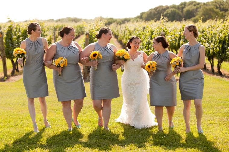 Carolyn S Sakonnet Vineyard Wedding Little Compton Rhode Island Photography By Liz And Ryan Machusetts