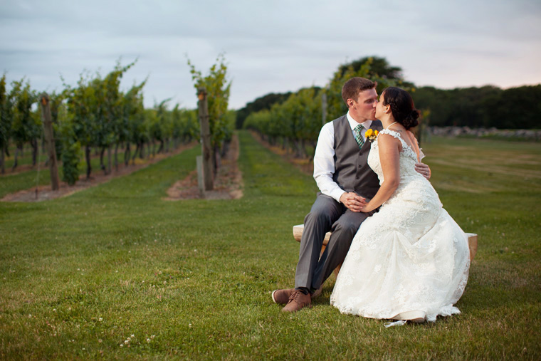 Carolyn S Sakonnet Vineyard Wedding Little Compton Rhode Island Photography By Liz And Ryan Machusetts